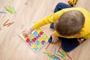 عوامل ایجاد بیماری اوتیسم