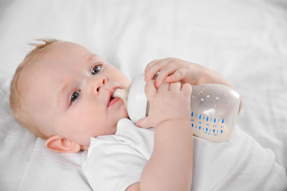 شیر خشک مناسب نوزادان زیر 6 ماه آپتامیل