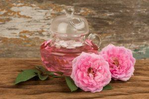 مصرف درست از گل محمدی