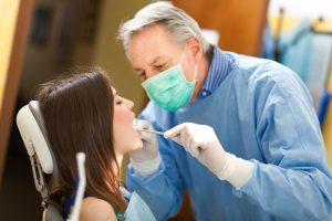 جلوگیری از پوسیدگی دندان با مراجعه به پزشک
