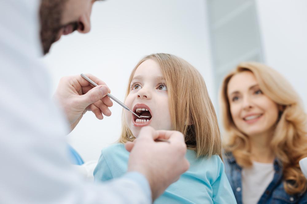 علائم آبسه دندان و لثه کودکان