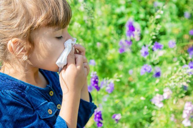 درمان آب ریزش بینی نوزادان