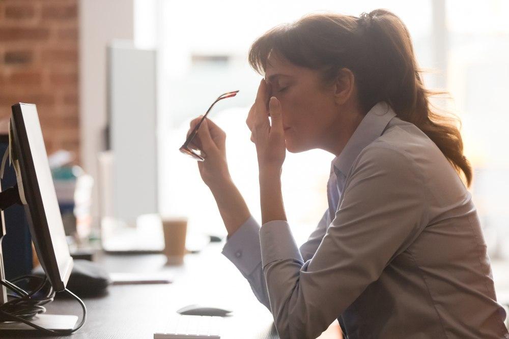 خطرات احتمالی جراحی بینی