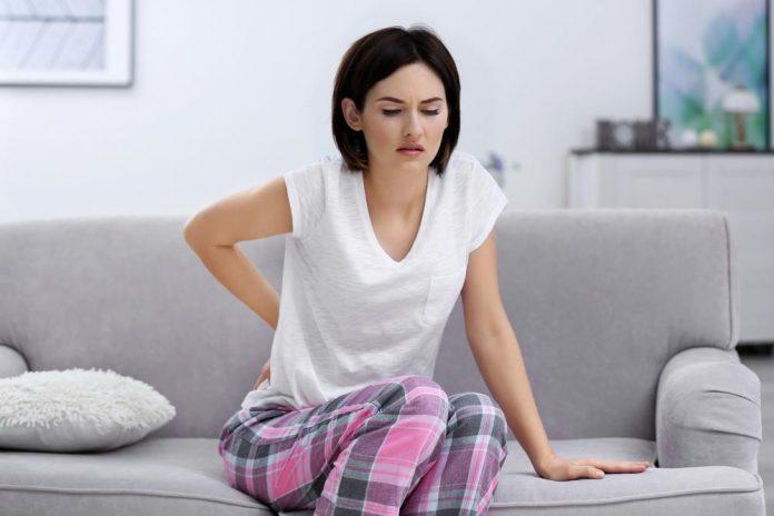 علت کمر درد در زنان