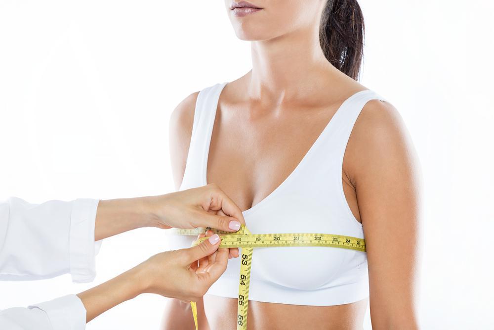 خطرات کاهش سایز سینه یا ماموپلاستی