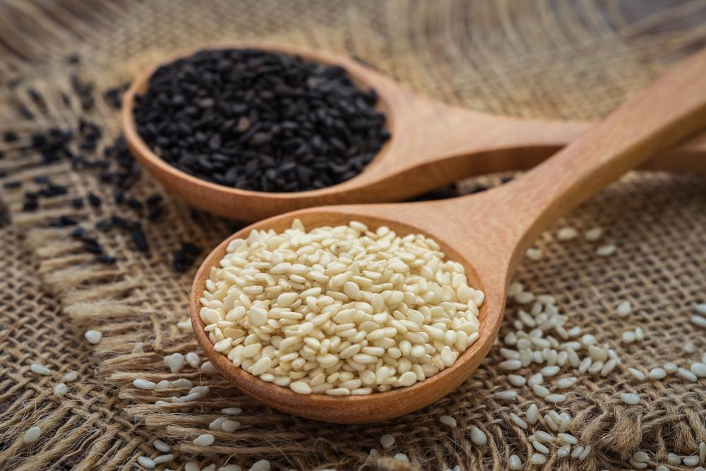 بذر کنجد سیاه و دانه کنجد سفید