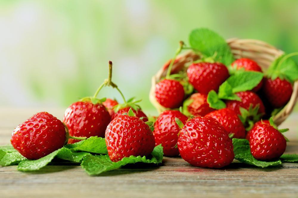 فواید توت فرنگی برای سلامت بدن