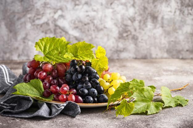 انواع انگور برای تهیه کشمش