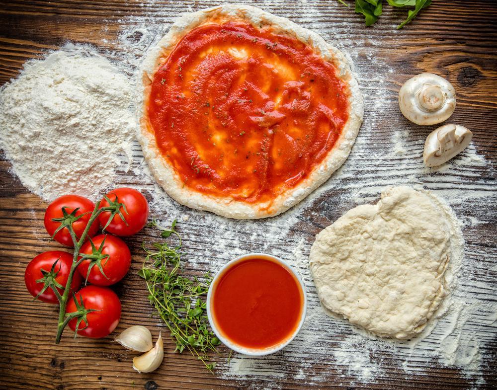 کالری و ارزش غذایی خمیر پیتزا