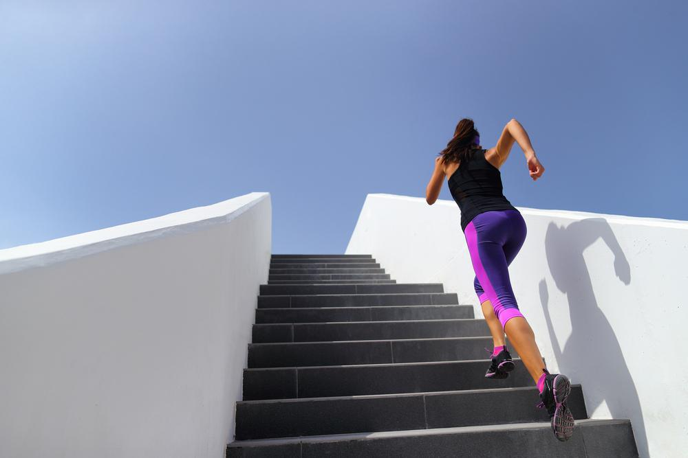 تاثیرات پله بر لاغری ران ها