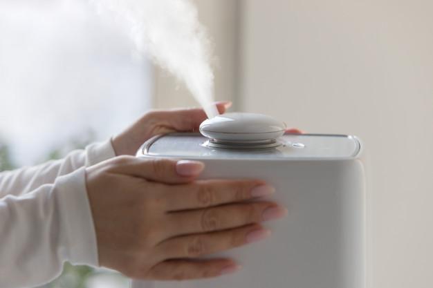 دستگاه بخور برای درمان آبریزش بینی نوزادان