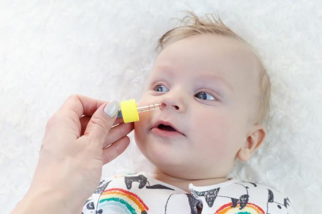 درمان سریع آب ریزش بینی نوزاد