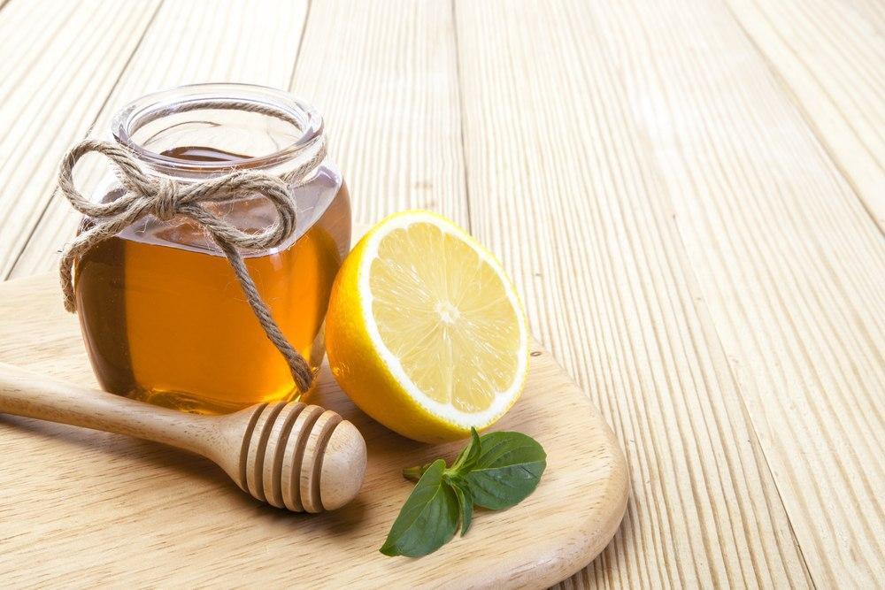 لیمو و عسل برای درمان سریع گلو درد