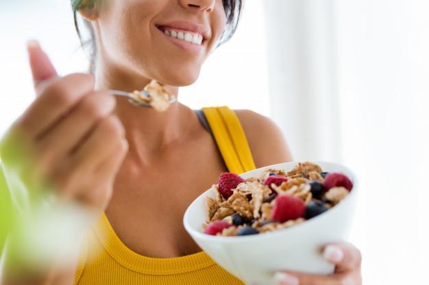تغذیه مناسب برای از بین بردن سلولیت