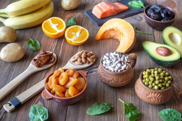 مواد غذایی حاوی پتاسیم برای کاهش فشار خون