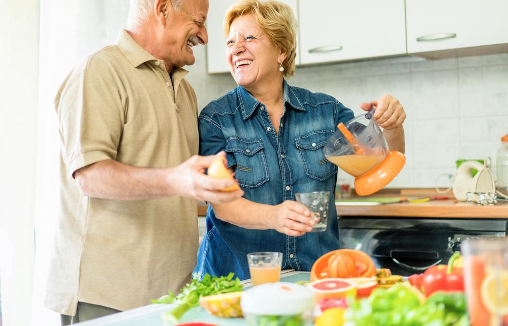 آشنایی با رژیم غذایی سالمندان