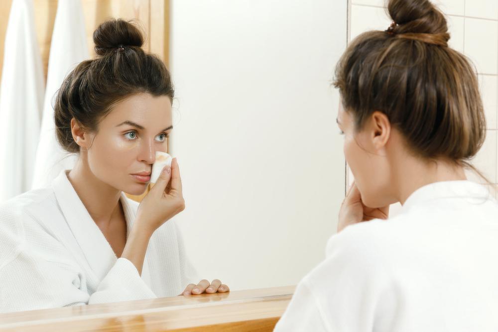 روغن زیتون برای پوست و پاک کننده ی قوی آرایش