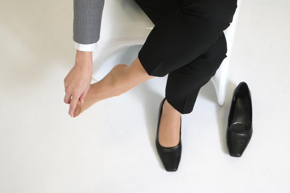 عوارض انحراف شست پا یا هالوکس والگوس