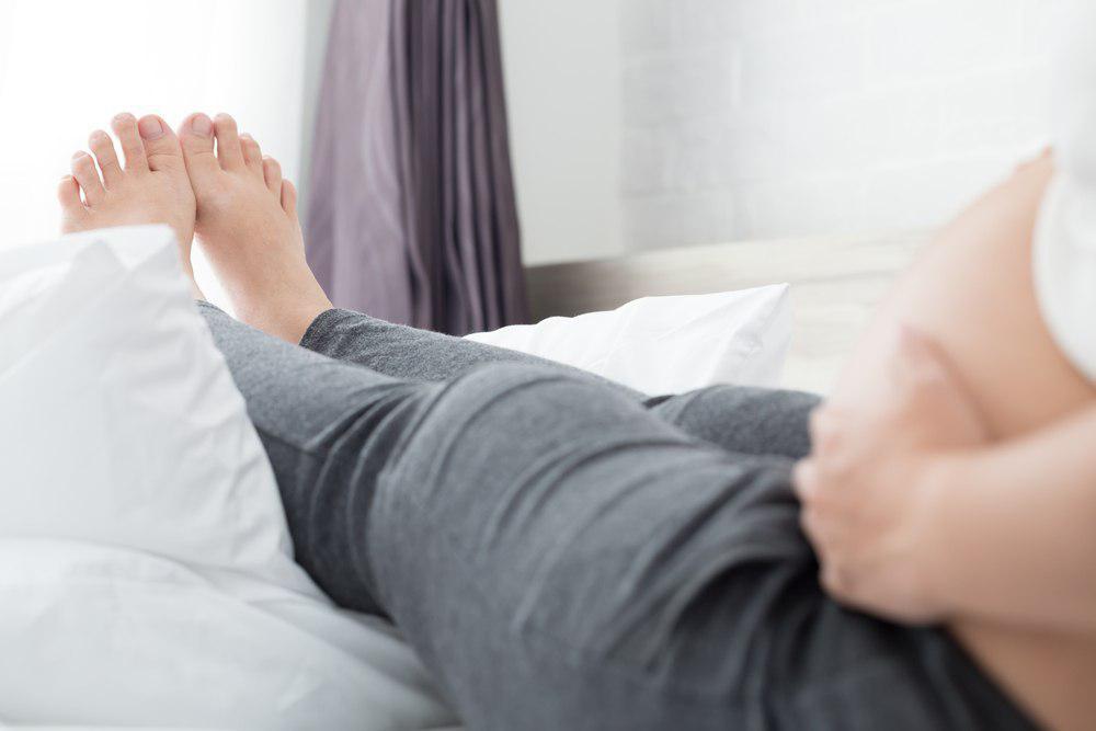 علت ورم پا در بارداری چیست