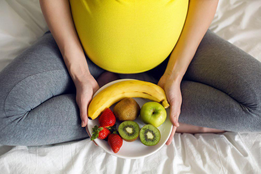 راهکار برای کاهش تورم پا در دوران بارداری