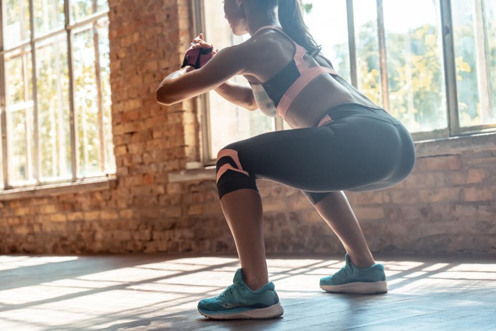 عضله سازی باسن برای زنان