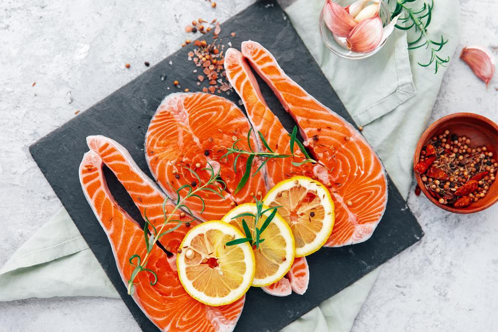 آشنایی با عملکرد روغن ماهی برای لاغری