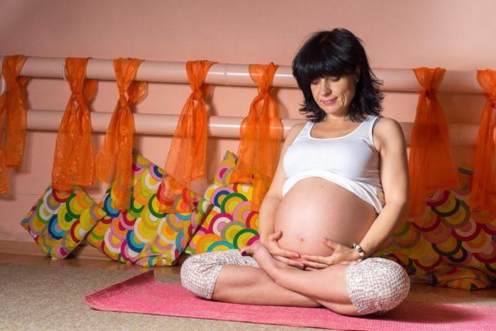 آیا بارداری در سنین بالا خطرناک است