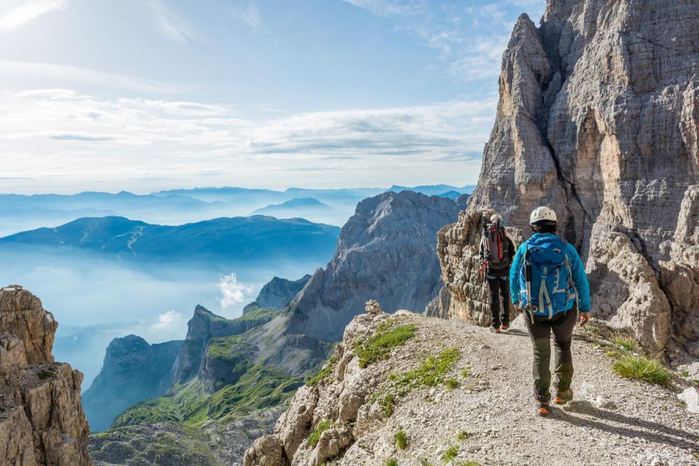 آسیب های ناشی از کوهنوردی
