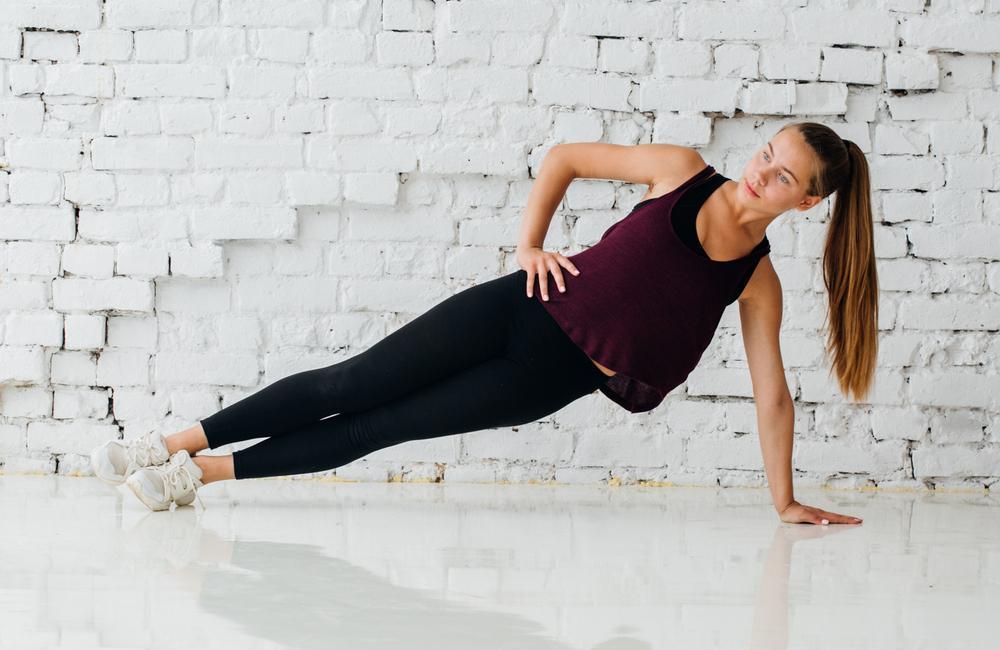 ورزش پلانک ساید در خانه