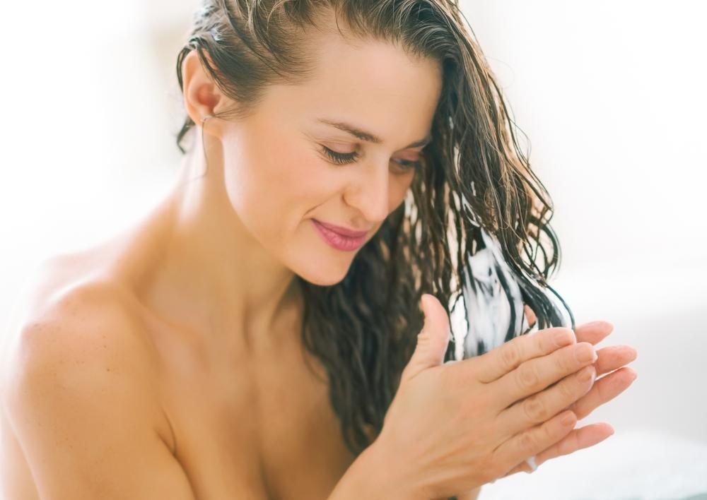 استفاده نکردن از ماسک مو داخل حمام و موخوره