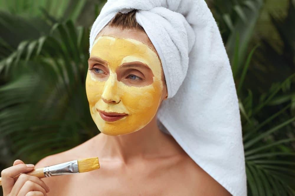 ماسک صورت زردچوبه برای شادابی