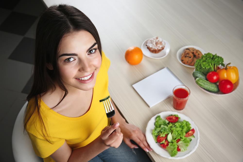 غذای مفید برای درمان جوش چرکی