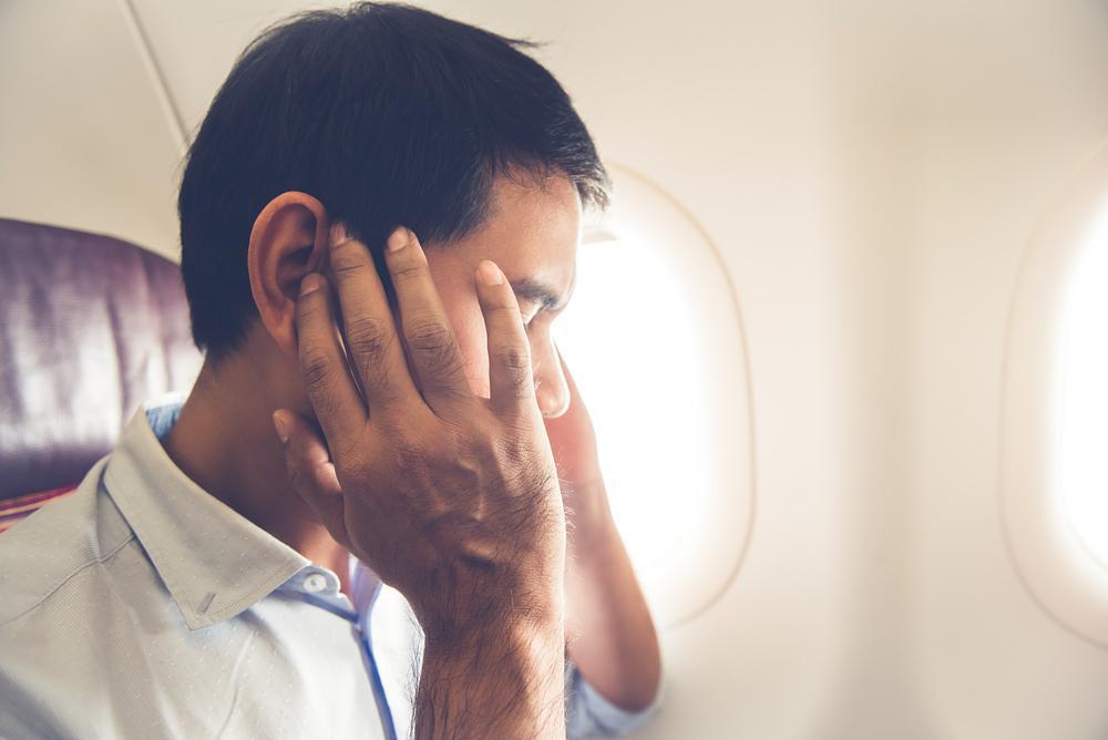 علت گرفتگی گوش در ارتفاع چیست؟