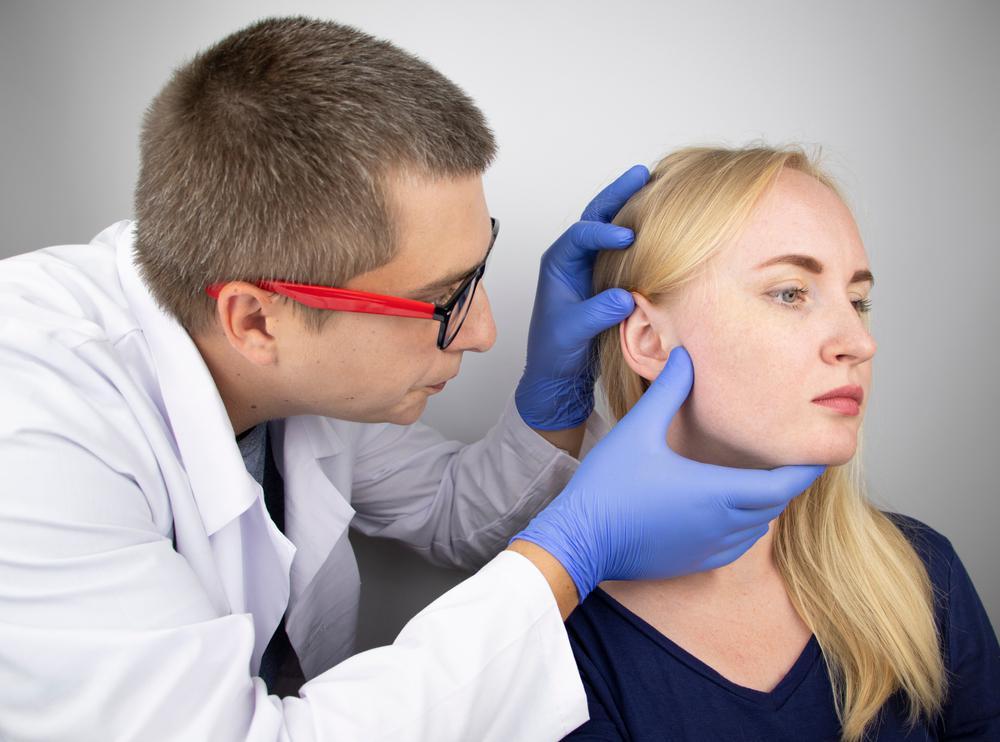 درمان گرفته شدن گوش