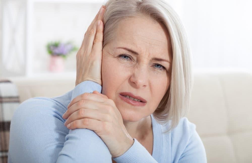 علائم عفونت گوش